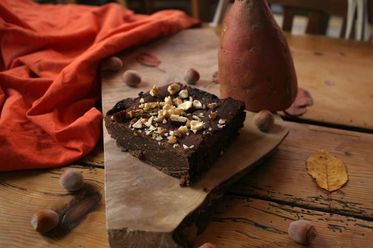 Part de brownie vegan à la patate douce